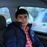 Владелец теплицы Алим :: Sher Karim