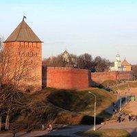 *** В лучах зимнего солнца Новгородский кремль. :: Евгений Никифоров