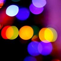 Уходящие огни Нового Года :: Сергей Гурьев