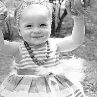 Счастье в надёжных руках. :: Марина Соколова