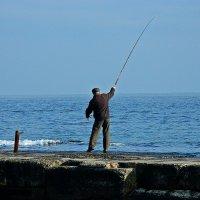 рыбак :: Александр Корчемный