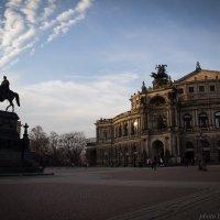 Вечерняя Тетральная площадь Дрездена. Оперный и Картинная Галерея. :: nataliya korchma