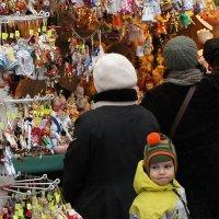 Новогодняя ярмарка :: Александр Русинов