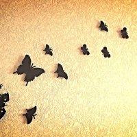 Настенные часы с бабочками... :: Роман Fox Hound Унжакоff