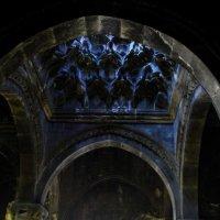 старая церковь 13 век. :: Элла Алиханян