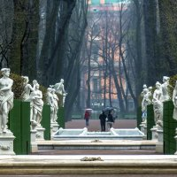 Весенняя аллея :: Valeriy Piterskiy