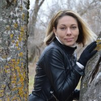 В лесу :: Анастасия Гудкова