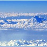 Парящие голубые горы :: Евгений Печенин