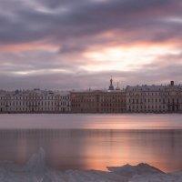 Утро на Неве :: Владимир Горубин