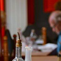 Графин и бутылка :: Lev nikon