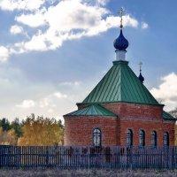 Храм за околицей :: Татьяна Чернова