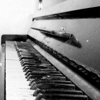 Старое фортепиано... :: Vadim77755 Коркин