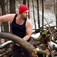 """""""Красная шапочка"""" в действии. Лес валит голыми руками:) :: Дарья Казбанова"""