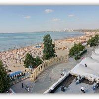 Городской пляж :: Леонид Козырев