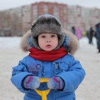 Ребенок на зимней прогулке :: Анна Павлова