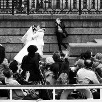 Свадьба и японские туристы. :: сергей лебедев
