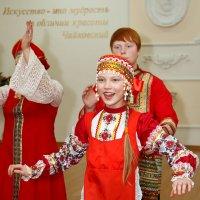 Русская раздольная, словно птица вольная... :: Дарья Казбанова