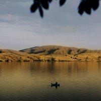 Одинокая лодка :: Татьяна Курамшина