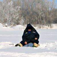 Зимняя рыбалка :: Евгений Юрков
