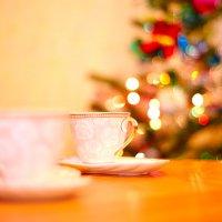 2 чашки и новогоднее боке :: Владимир Тищенко