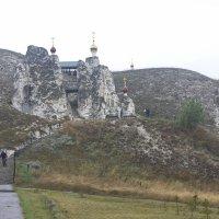 Храм в скале :: Леонид Козырев