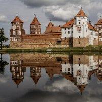 Мирской замок :: Алесь Антонович