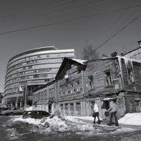 Городской контраст :: Олег Кашаев