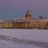 Вид на Английскую наб. зимним вечером 19 января :: Валентин Яруллин
