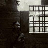 Портрет с окном :: Алексей Хвастунов
