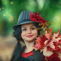 Oсенний лес :: Sergey Mayboga
