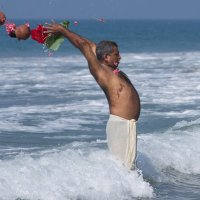 Поминки в Индии :: Дмитрий Борисов