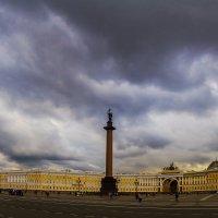 Дворцовая площадь :: Александр Неустроев