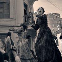 Танцы на улицах /из серии/ 13 :: Цветков Виктор Васильевич
