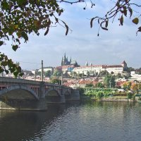Прага. Вид через Влтаву на Вышгород. :: Александр Крупский