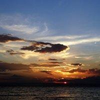 Закат над Японским морем :: Лилия Гиндулина