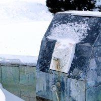 Летом это было фонтаном... :: Юрий Гайворонский