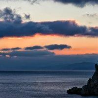Осенний вечер... в Крыму... :: Андрей Артемьев