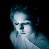 в Темноте :: Andrey Kil'dibaev