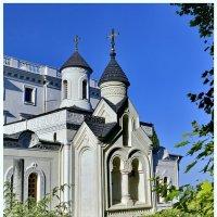 Церьковь Ливадийского дворца. Крым. :: Виталий Половинко