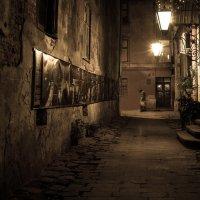 Уличками ночного города :: Igor Bukay