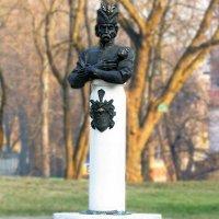 памятник гетьману Мазепе :: юрий иванов