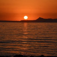 Утомленное солнце нежно с морем прощалось... :: Ольга Русанова (olg-rusanowa2010)