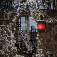 Фонарь в старом порту-порт Тель Авив Яффо :: Shmual Hava Retro