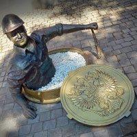 Памятник водопроводчику. Рыбинск. :: Алла Рыженко