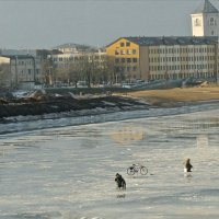 На тонком весеннем льду :: MVMarina