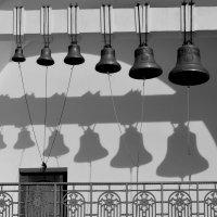 Колокола Покровского храма :: Игорь Попов