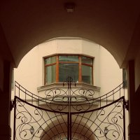 Ворота :: Annie Kuzz