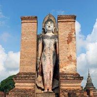 Таиланд. Сукхотай, старинная статуя Будды :: Владимир Шибинский