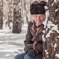 Спрятался...или притаился... :: Елена Черненко