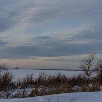 Озеро зимой :: Евгений Мельников